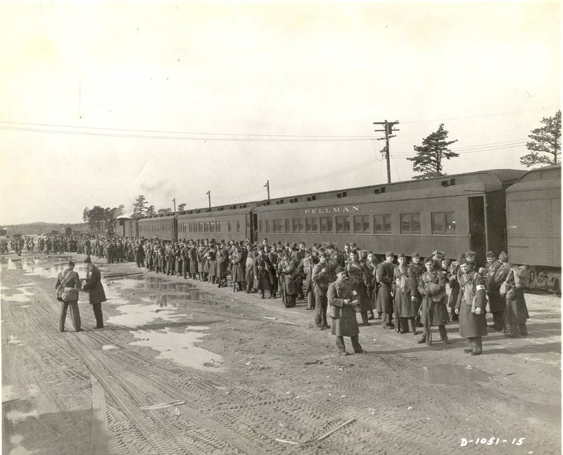 Go to Soldiers await departure from Camp Edwards, Massachusetts item page