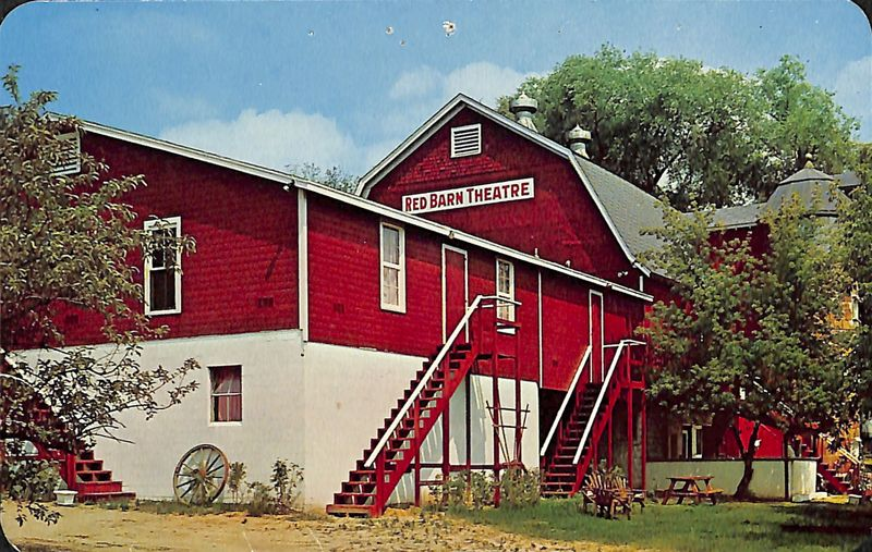 Go to Red Barn Theatre postcard item page
