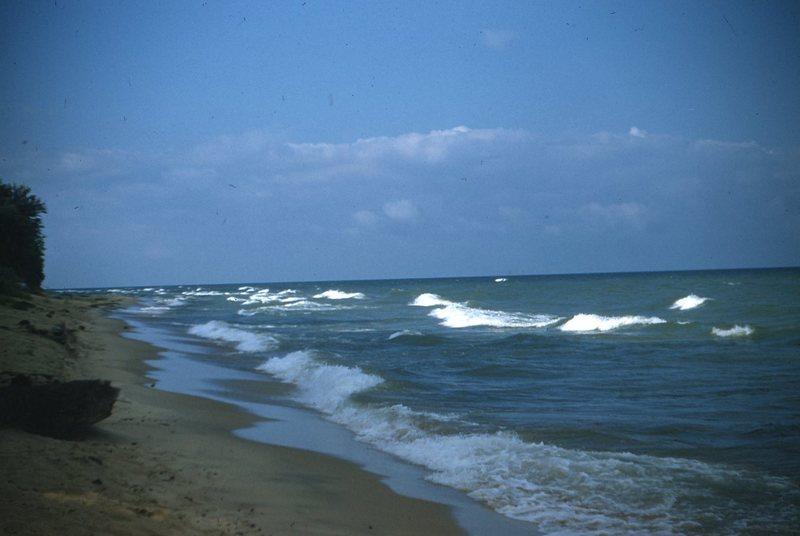 Go to Lake Michigan beach, Saugatuck item page