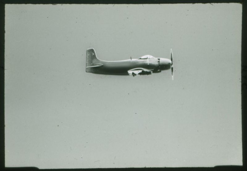 Go to AD-1 Sky Raider US Navy attack bomber item page
