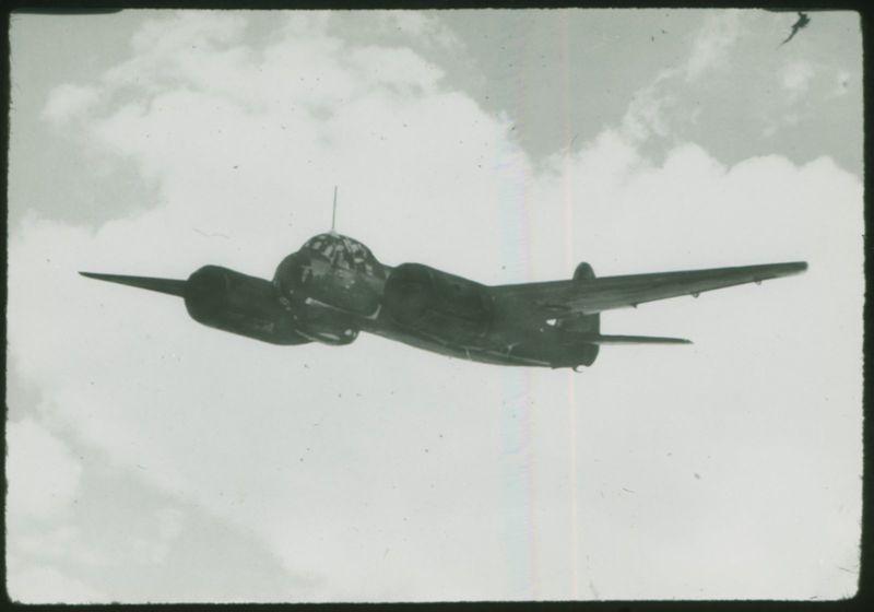 Go to German dive bomber aircraft item page