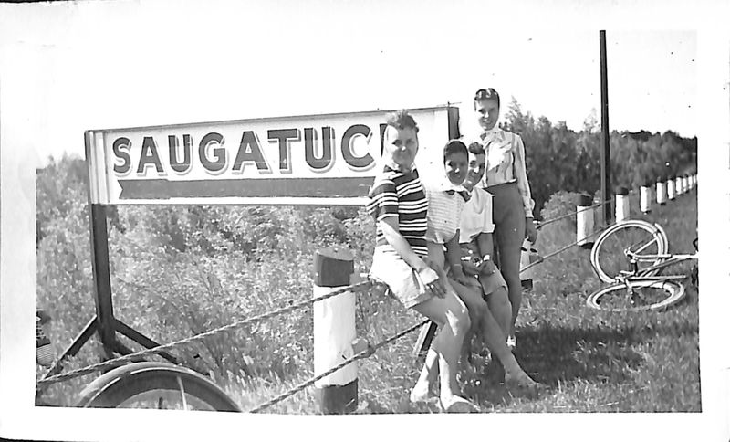 Go to Group gathered near the Saugatuck sign item page