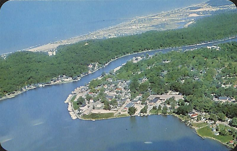 Go to Aerial view of Saugatuck, Mich. postcard item page