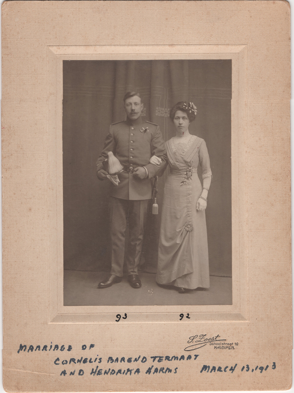Go to Cornelis B. Termaat and Hendrika Harms wedding photo, 1913 item page