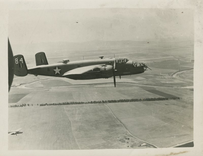 Go to B-25 C Mitchell in flight item page
