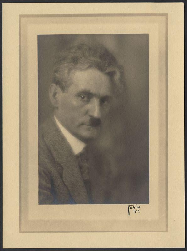 Go to Portrait of painter Mathias Alten item page