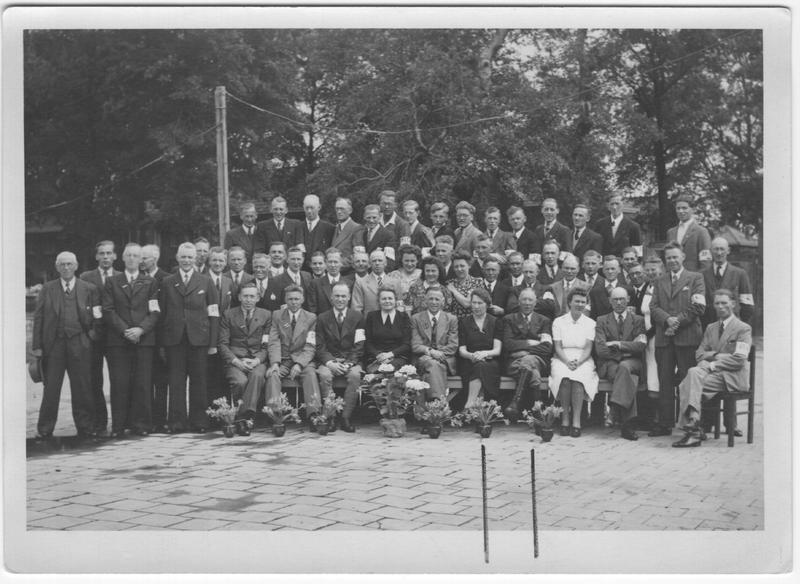 Go to Staff of Alkmaar Westerweg Internment Camp, 1945 item page