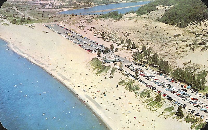 Go to Aerial view of Oval Beach postcard item page