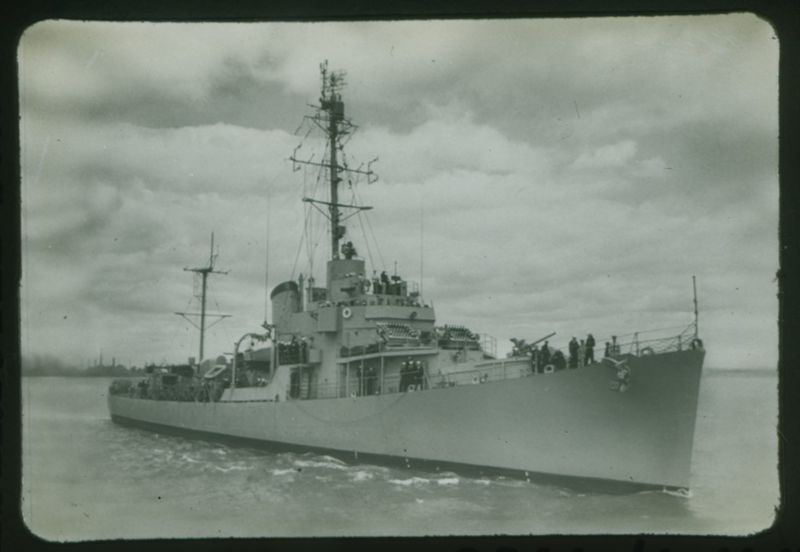 Go to US destroyer escort Buckley class item page