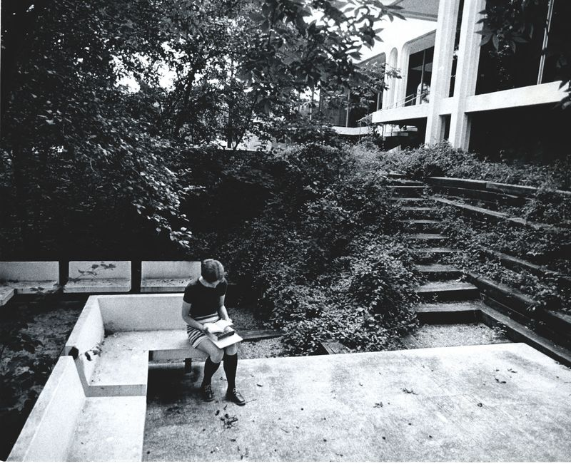 Seidman House. Student using outdoor study area