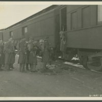 Go to Soldiers boarding train at Camp Edwards